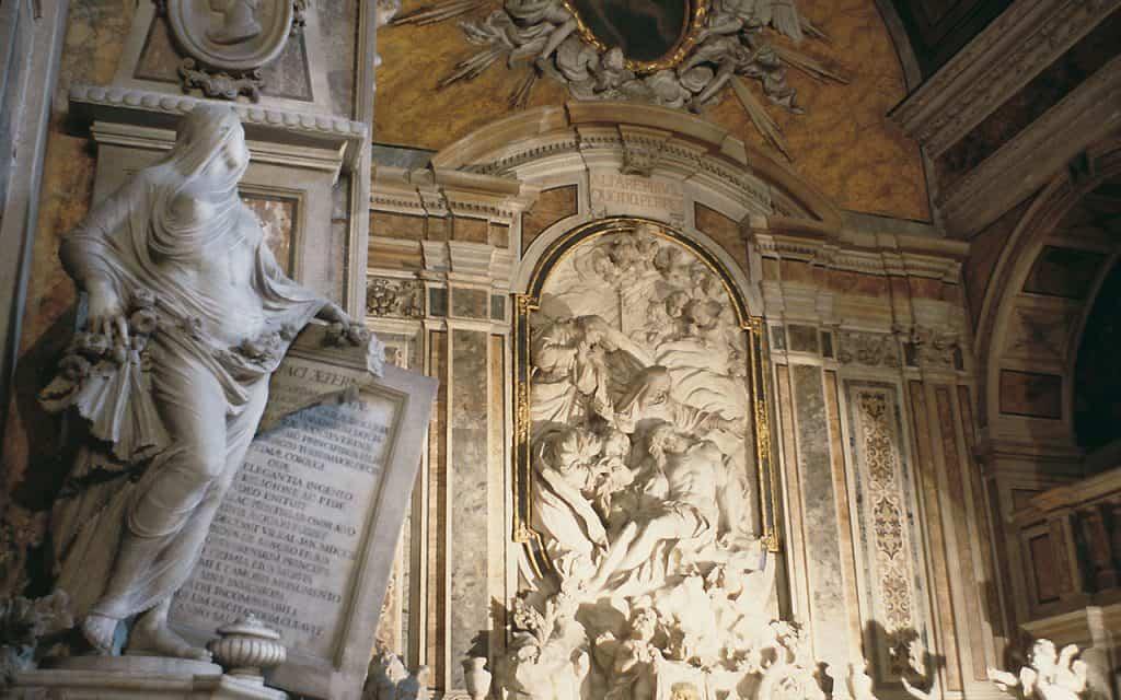 L'altare della Madonna della Cappella di Sansevero e la Pudicizia