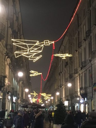 Volo su... il filo rosso che unisce Piazza Castello con Piazza Statuto