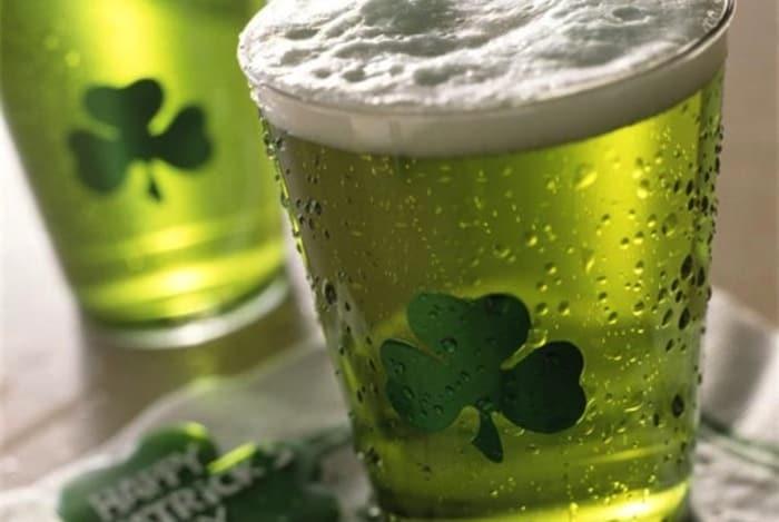 La birra verde da gustare il giorno di San Patrizio!