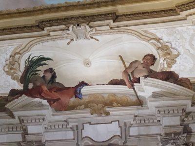 Uno degli affreschi realizzati all'interno di Villa Pisani dal Tiepolo. L'effetto ottico è incredibile. Camminando lungo la sala il bastone del fauno sembra cambiare posizione.