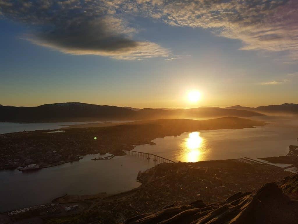 Tromso e sole di mezzanotte