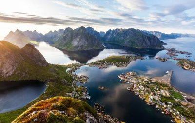 """Interviste itineranti """"Un viaggio attraverso le isole Lofoten"""" di Emanuele Autino"""